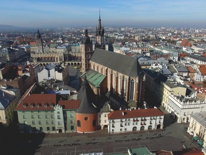 Kościół mariacki z powietrza - filmy i zdjęcia z powietrza