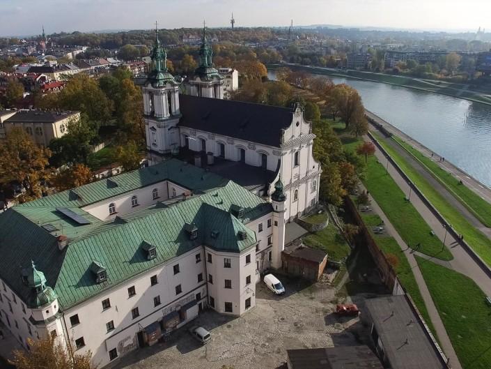 Ujęcie lotnicze z drona - Kościół w Krakowie