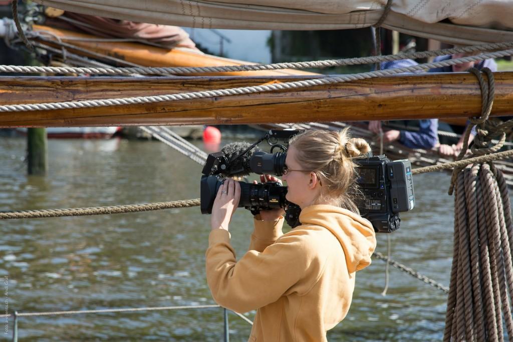 Realizacja materiału filmowego na wodzie. Filmy reklamowe z perpektywy wody.