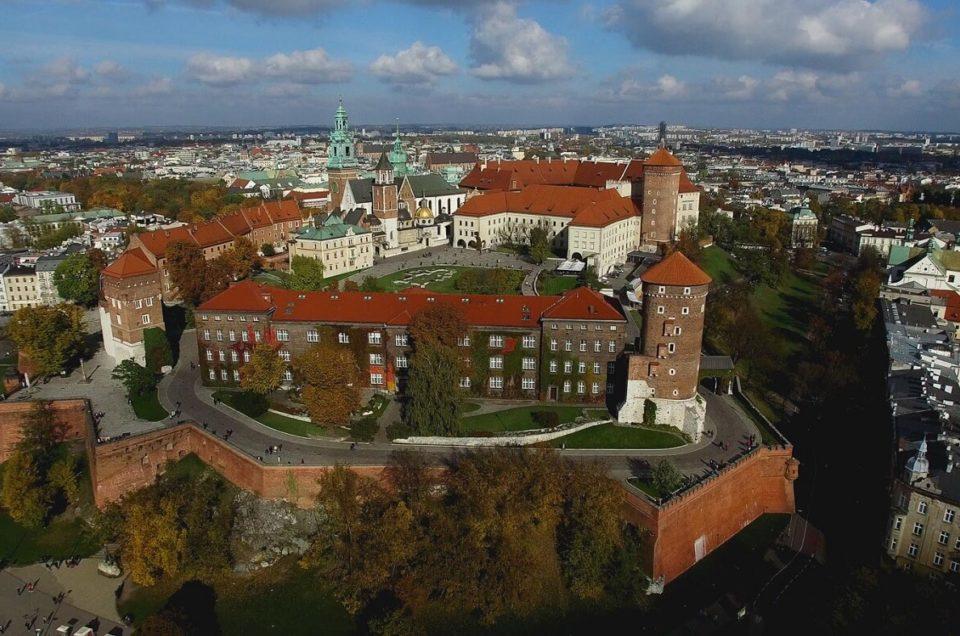 Drony – zakaz lotów w Krakowie i Warszawie